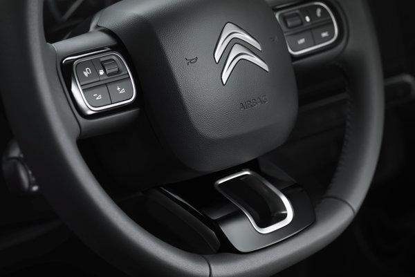 Volant nového Citroënu C3 bude trojramenný.