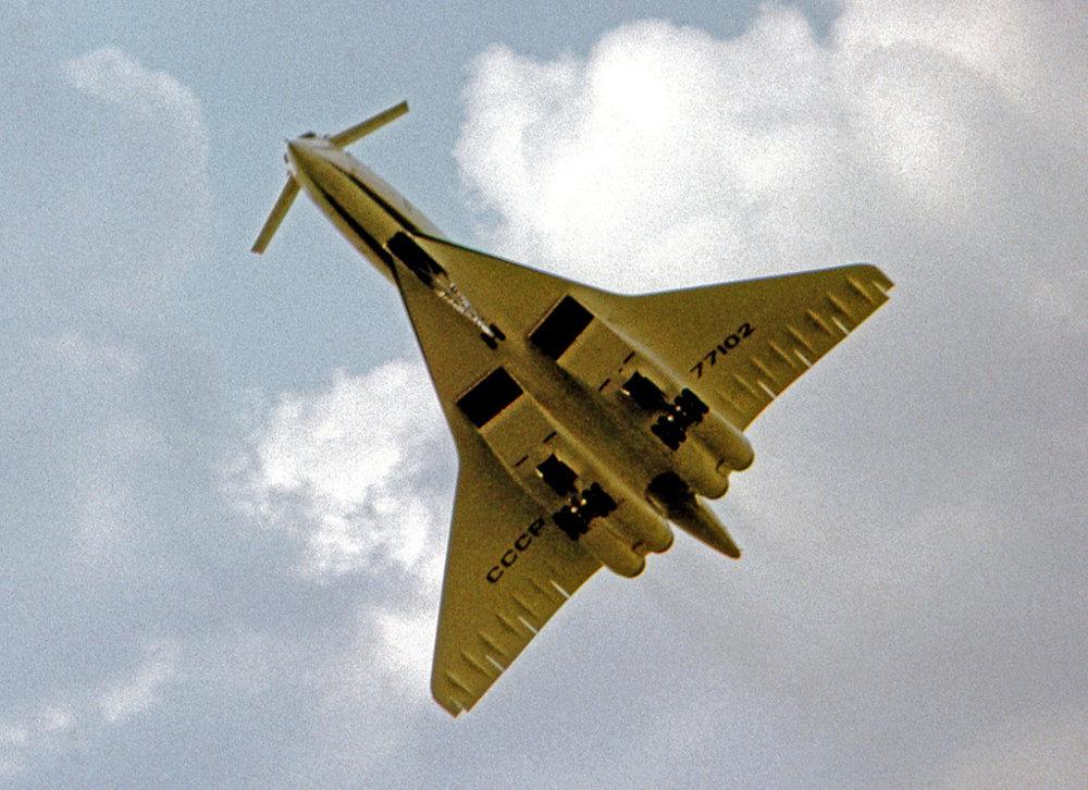 Tupolev Tu-144.