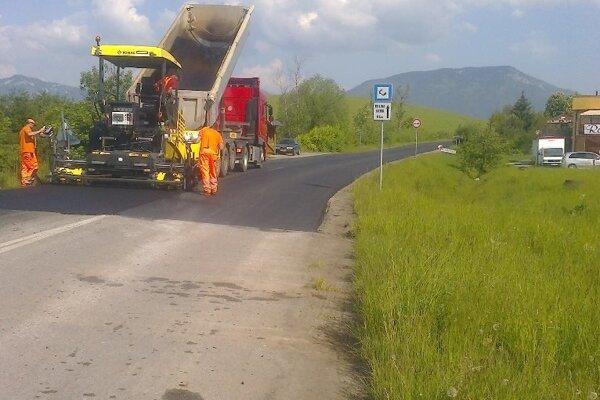 ŽSK bude pokračovať v opravách ciest.