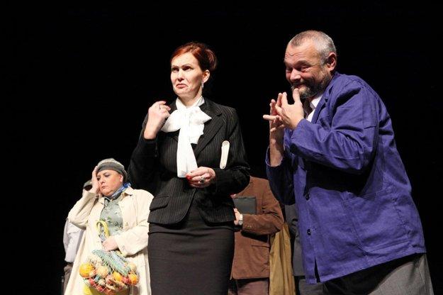 Peter Švábik v jednej z úloh v Divadelnom súbore J. Palárika