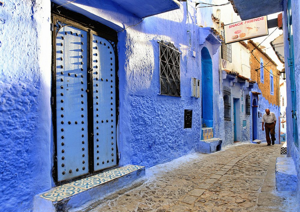 Pre Chefchaouen v Maroku je charakteristická belasá farba.