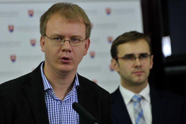 Miroslav Beblavý (Sieť), nezaradený poslanec parlamentu.