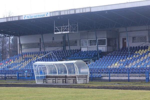 Žiarsky zimný štadión nezažíva najlepšie obdobie.