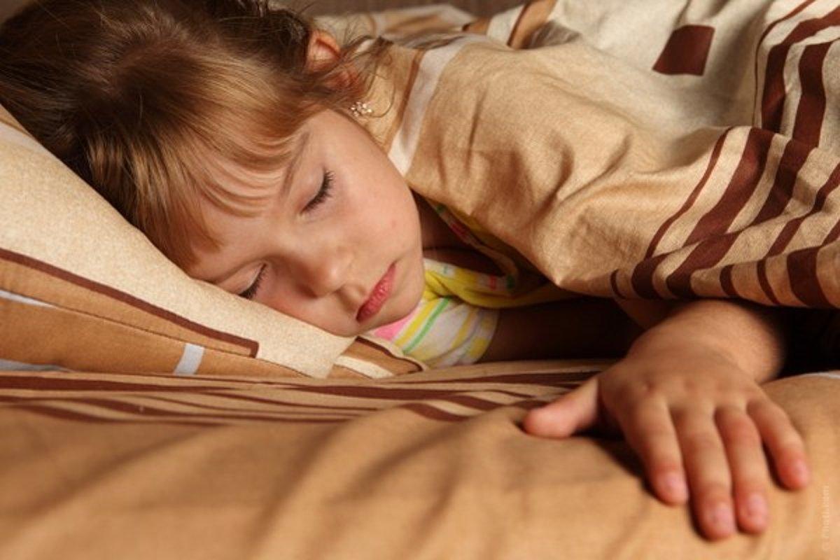 Девочки как преучить ребенка спать всю ночь 92