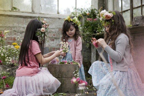 Dievčenská móda bábik