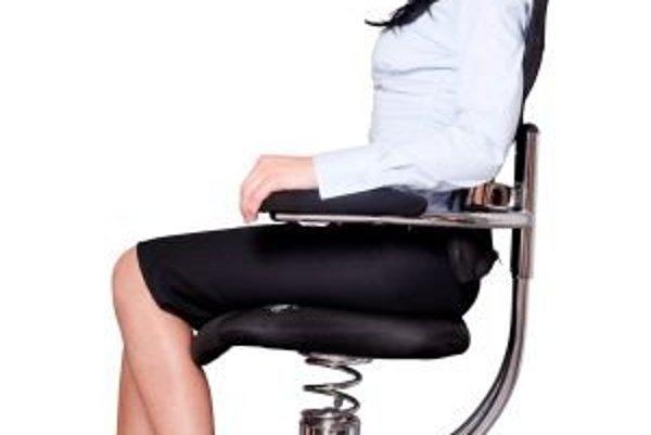 Certifikované zdravotné stoličky SpinaliS vás zbavia bolesti chrbta a zabránia návratu nepríjemných stavov.