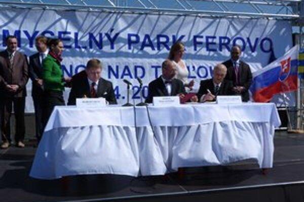 Utorkový podpis memoranda medzi vládou a investorom vo Vranove.
