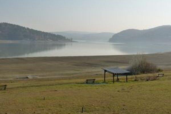 Nízka hladina Domaše. Vodná nádrž vysychá, vlani spadlo najmenej zrážok za ostatných 50 rokov.