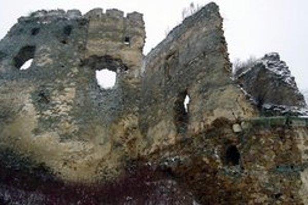 K hradu Čičava by mala v obci Sedliská pribudnúť ďalšia pozoruhodnosť.