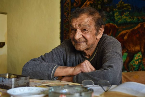 """Rómsky spisovateľ Ladislav Čonka-Popala: """"Stále niečo čítam a z toho sa učím."""""""