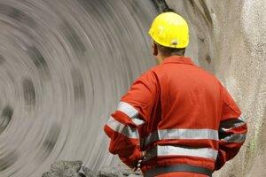 Na Slovensku patria k rizikovejším firmám tie, ktoré pôsobia v odvetviach ťažby nerastných surovín a v spracovateľskom priemysle.