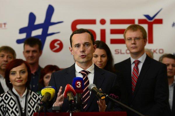 Opoziční poslanci žiadajú zmeny pri kontrole eurofondov.