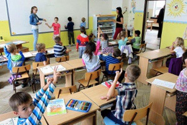O rušení či nerušení niektorej z prievidzských škôl zatiaľ nie je rozhodnuté.