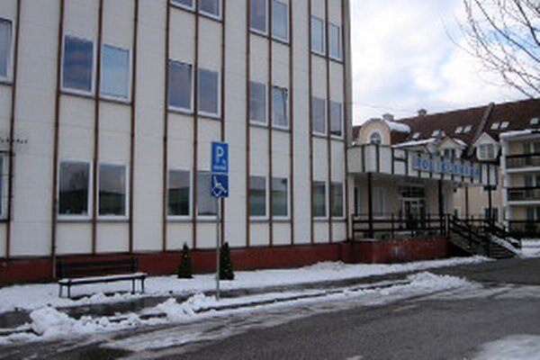 Poliklinika v Novákoch sa dočká rozsiahlej obnovy.