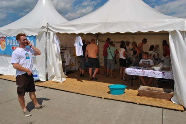 Služby práčovne a žehliarne na festivale Pohoda poskytovali zamestnanci multifunkčného centra vo Valaskej.
