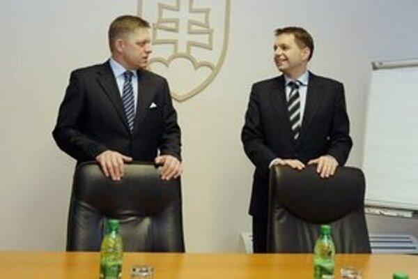 Premiér s ministrom financií.