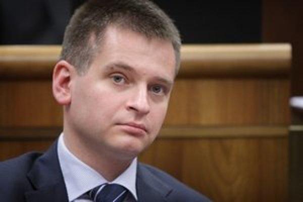 Predkladateľ návrhu a poslanec strany SaS Martin Chren chce sviatkom dosiahnuť transparentnosť verejných financií.