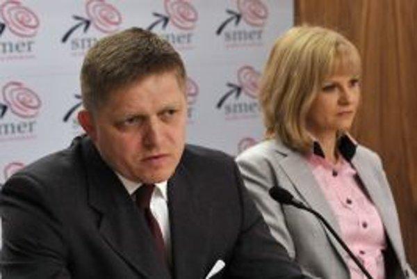 Tieňový premiér a jeho tieňová ministerka.