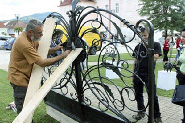 Umeleckí kováči sa opäť stretli sa v Nitrianskom Pravne.