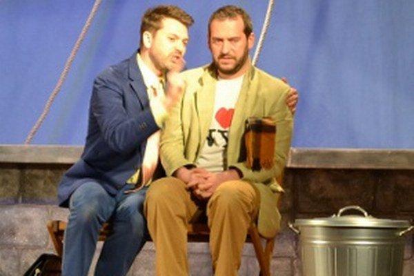 Marek Majeský (vľavo) a Martin Mňahončák v hre Láááska.