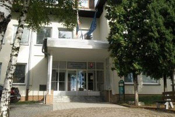 Okresný úrad v Prievidzi na Medzibriežkovej ulici.