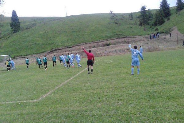 V Litmanovej sa minimálne rok  súťažný futbal hrať nebude.