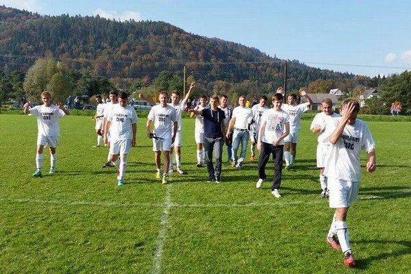 Spokojní futbalisti Čirča. Väčšinou odchádzali z ihriska v úlohe víťazov.