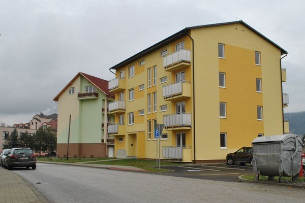 Nové bytovky. Postavili ich na sídlisku Východ.
