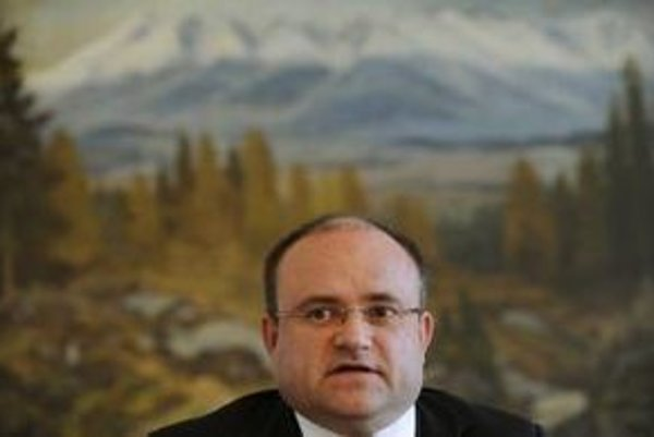 Minister práce Jozef Mihál.