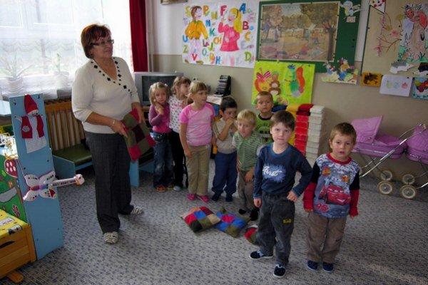Malý Lipník. V obci zatiaľ s určitosťou zachovajú aj v budúcnosti miestnu škôlku i prvý stupeň základnej školy.