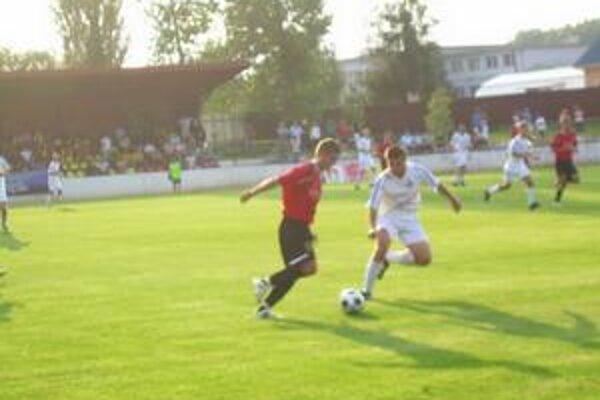 Majstrovské stretnutie. V prvom kole II. ligy skupina východ sa stretli MFK Goral Stará Ľubovňa a FK Poprad.