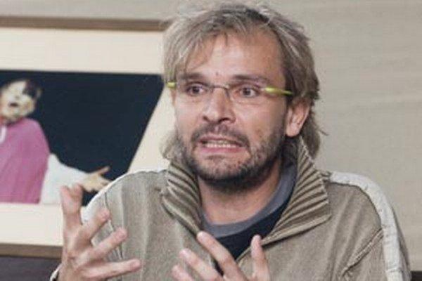 S mužstvom Mufuza si príde do Oslian zahrať futbal aj Ján Ďurovčík.