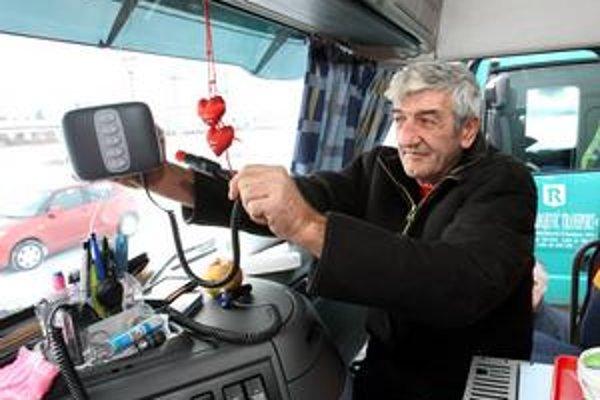 Dopravcovia tvrdia, že mýto nefunguje, uvažujú o štrajku.