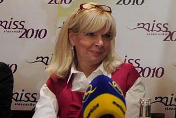 Ťapáková doteraz v televízii šéfovala oddeleniu marketingu.