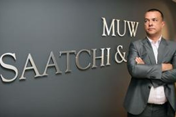 Miškovova firma sa stala minulý rok agentúrou roka. Keď sa stane ministrom, predá ju spoločníkom.