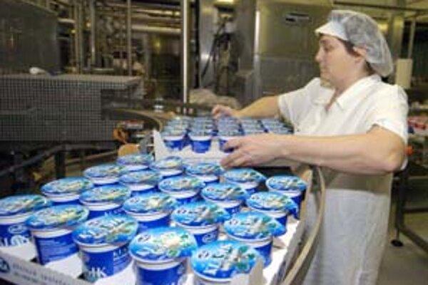Z tajnej analýzy vyplýva, že obchodníci mali najvyšší podiel na maloobchodnej cene v porovnaní s prvovýrobcami a spracovateľmi len pri jogurtoch.