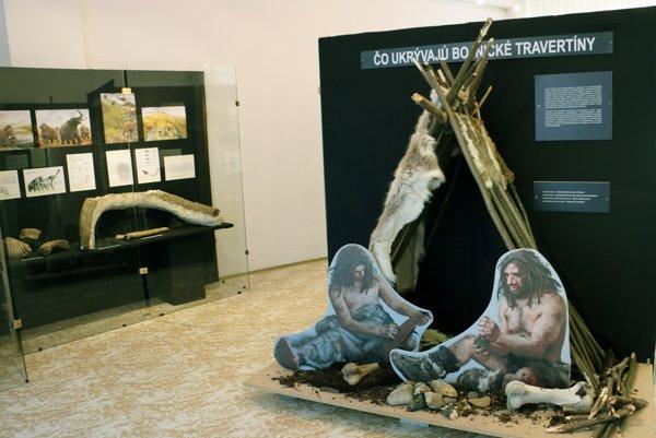 Expozícia predstavuje nálezy objavené archeológmi v Bojniciach.