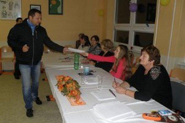 V Trenčianskom kraji bola v rámci Slovenska najnižšia volebná účasť, len 17,37 percent.