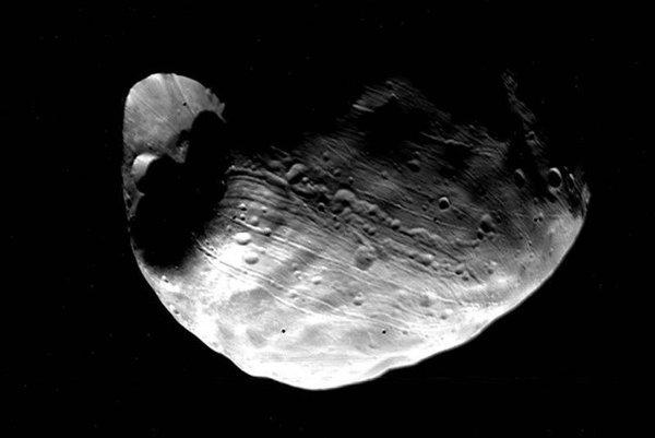 Kráter Stickney na mesiaci Fobos