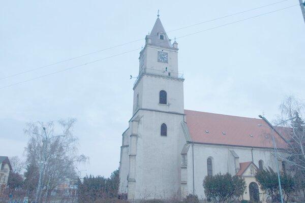 Ako bude vyzerať námestie a okolie kostola je otázne.