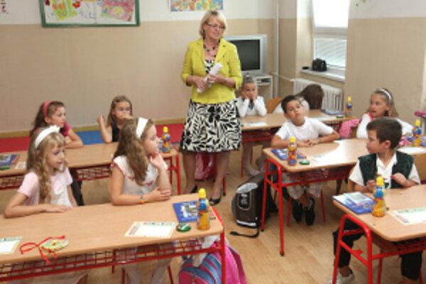 V triedach by prvákov podľa riaditeľov škôl nemalo byť veľa.