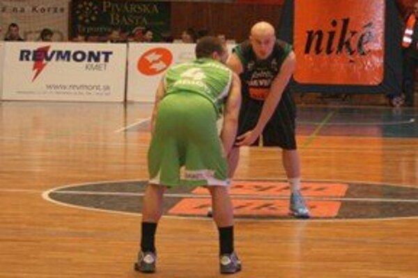 Handlová sa pokúsi prekvapiť Komárno, Prievidza potvrdiť dobrú formu z posledných zápasov.