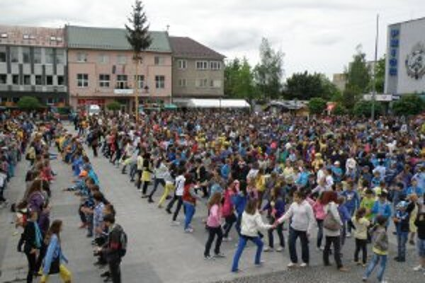 Za zorganizovanie spoločného tancovania Kalamajky dostal ocenenie Stanislav Malega.