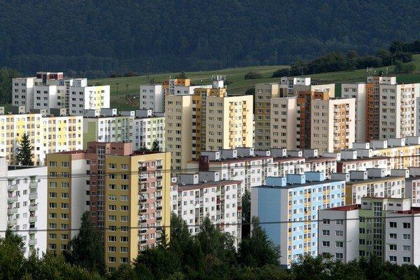 Pomocou úverov si ľudia veľmi často financujú nové bývanie alebo jeho rekonštrukciu.