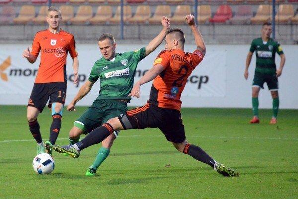 Šarišania svoj návrat bodovo ani gólovo neokorenili. Pod Čebraťom neprekvapili, Ružomberku podľahli tesne 0:1.