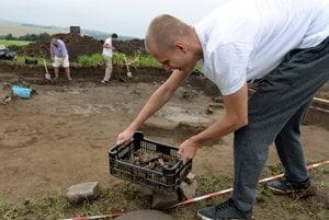 Découverte d'une idole en terre cuite de l'Age du bronze en Slovaquie 1982034_300x200