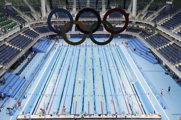 Plavecký olympijský areál v Riu na svoje súťaže ešte len čaká. Na tréningy už je však k dispozícii.
