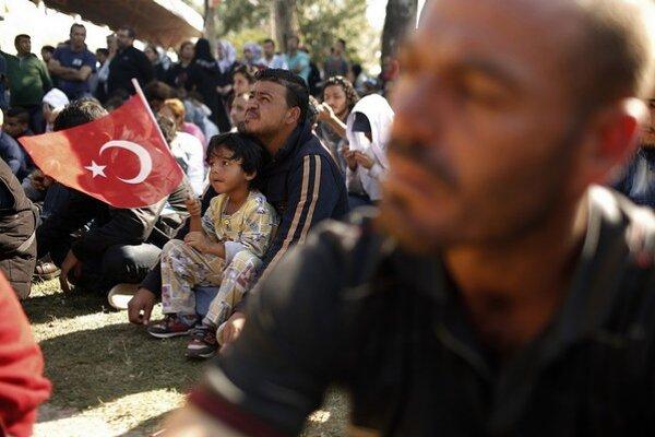 Turecko utečencom azyl nedáva, rozhodnutia často trvajú roky.