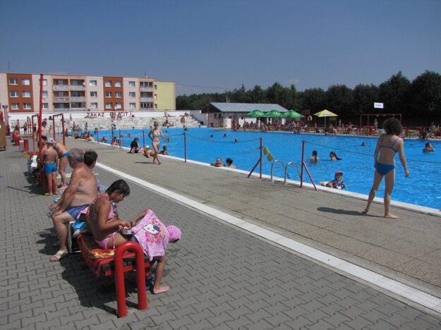 Kúpalisko na Družbe navštívilo počas júla priemerne 400 ľudí.