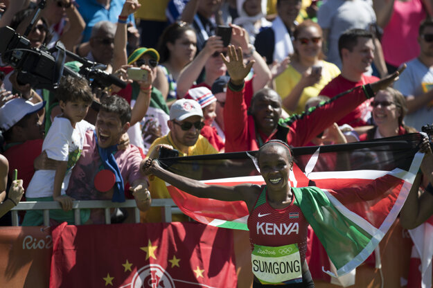 Keňanka napokon mohla oslavovať.